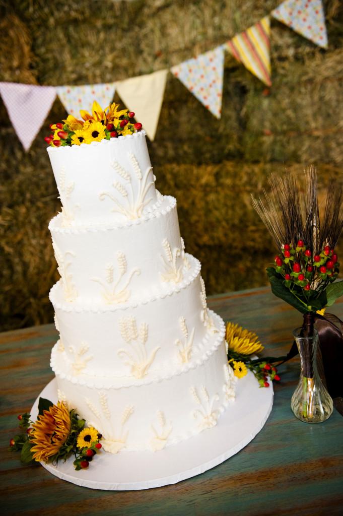 Torta Matrimonio Girasoli : Girasoli i fiori perfetti per sposarsi a settembre bon